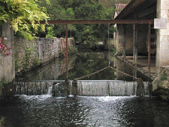La fontaine Saint -Maixent