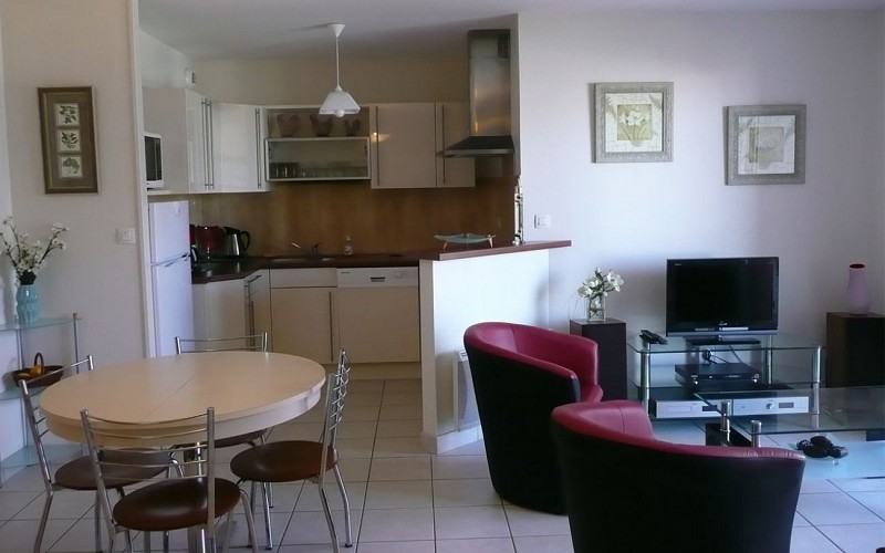 APPARTEMENT M. ET MME GEAY