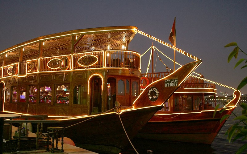 Dhow Dinner Cruise with Live Entertainment in Dubai Creek and the Open Seas