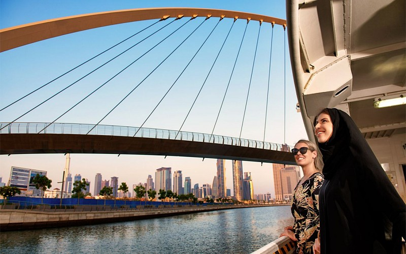 2 Day Combo: Burj Khalifa + Dubai Aquarium + Desert Safari + Dhow Dinner Cruise