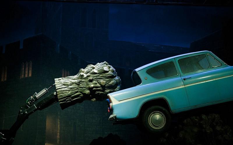 Warner Bros. Studio Tour with Return Transfers