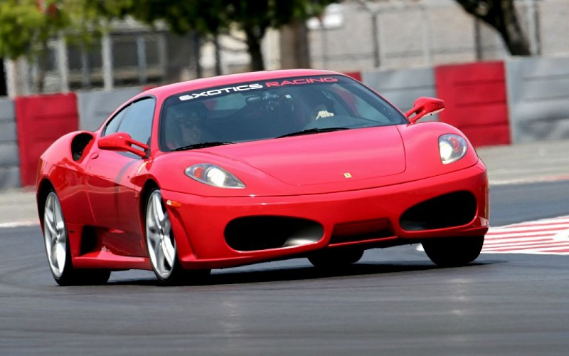Drive a Supercar : Ferrari