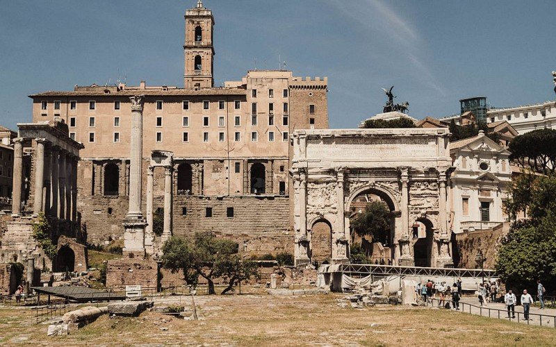 Skip-the-Line Guided Tour of Colosseum, Roman Forum & Palatine Hill
