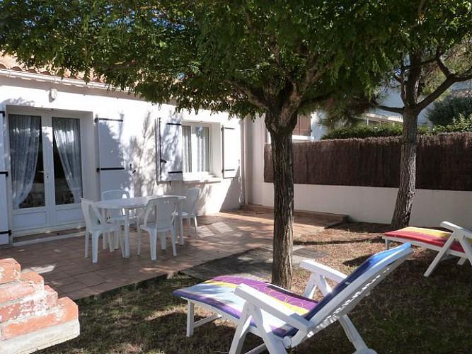 Petite maison de vacances proche plage du Phare !