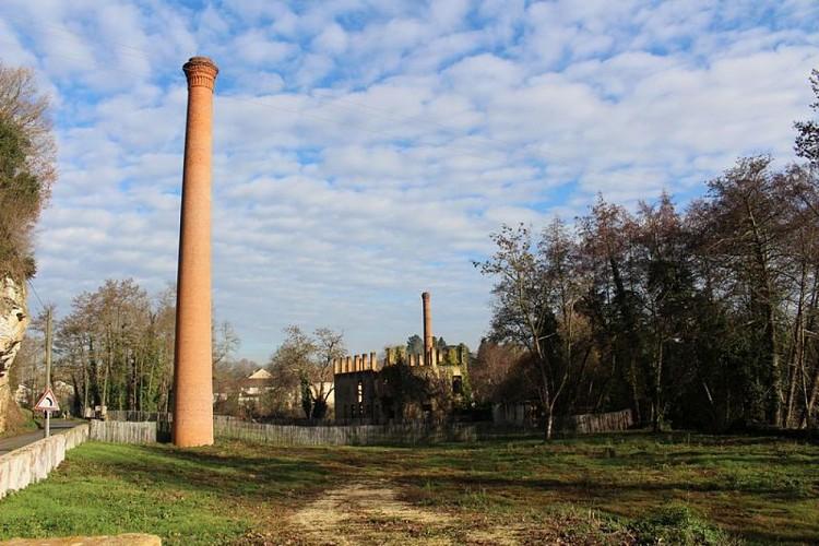 Ruines des anciennes papeteries
