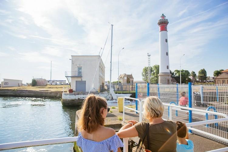 Ouistreham Lighthouse