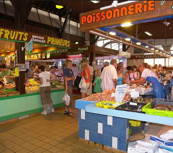 Market in Le Chateau
