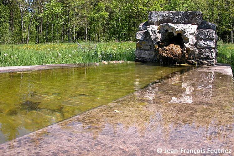 Fontaine du Val des Frais