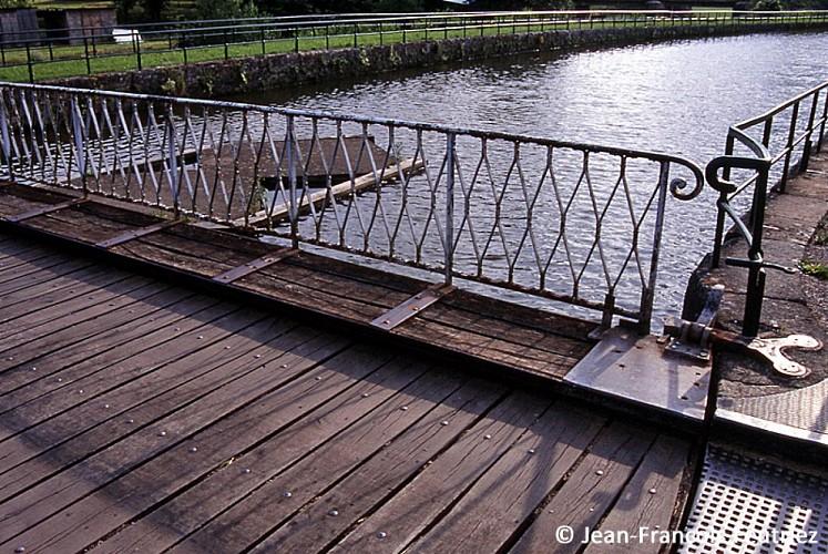Le pont tournant de Jorquenay