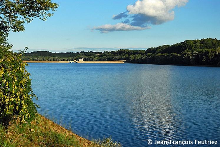 Le lac de Charmes