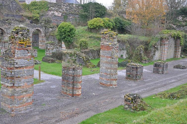 Bavay Forum antique