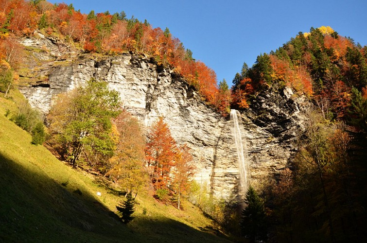Le Dard waterfall