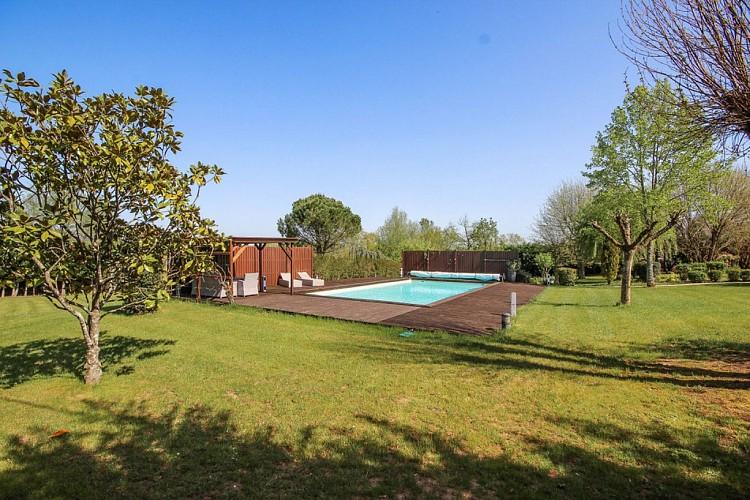 Location Gîtes de France Bayat - Réf : 19G23041