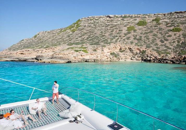 Excursion en Catamaran dans la baie de Palma de Majorque