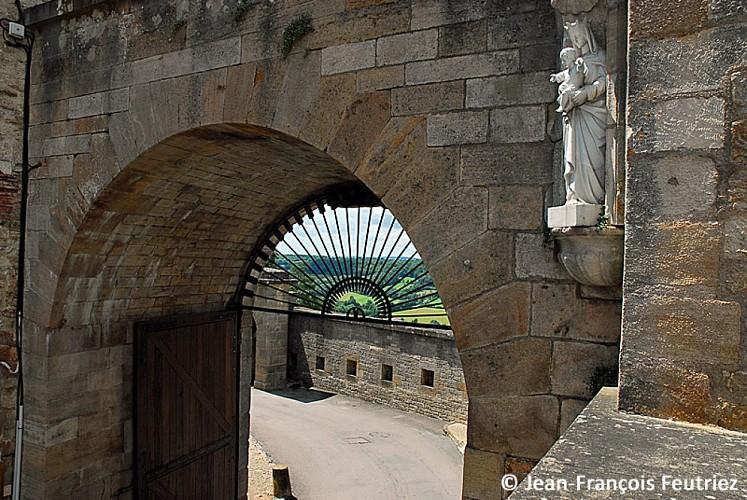 Porte de l'Hôtel-de-ville