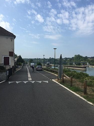 Arrivée à Champagne-sur-Seine