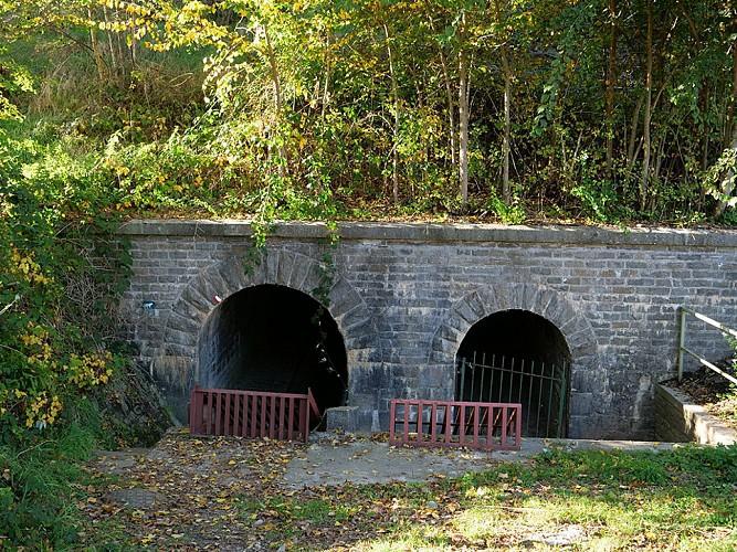 Tunnel du ruisseau Hottonruy