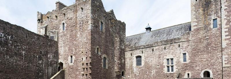 Excursion d'une journée sur les lieux de tournage de la série Outlander et château médiéval de Doune – au départ d'Edimbourg