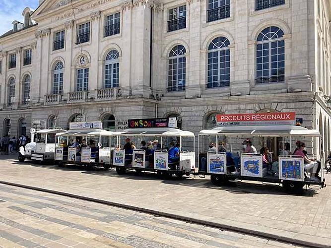 visite-d-orleans-centre-petit-train-touristique
