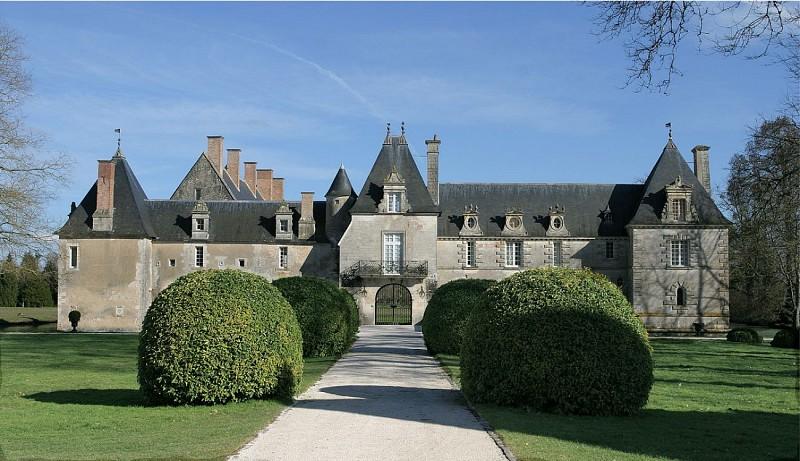 Château des Granges-Suilly la Tour