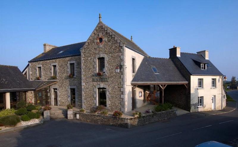 Bourg de Pommerit-Jaudy