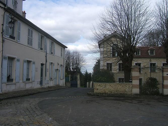 Louveciennes - Place Ernest Dreux