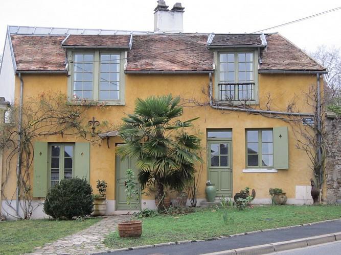 Maison de la mère de Renoir - 23 rue de Voisins