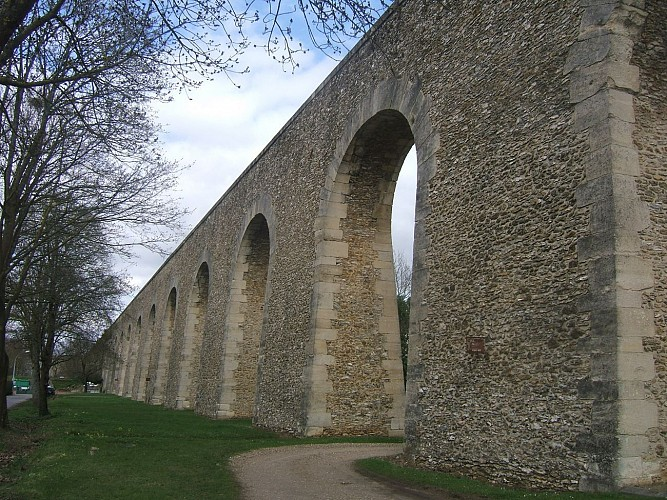 The aqueduct of Marly