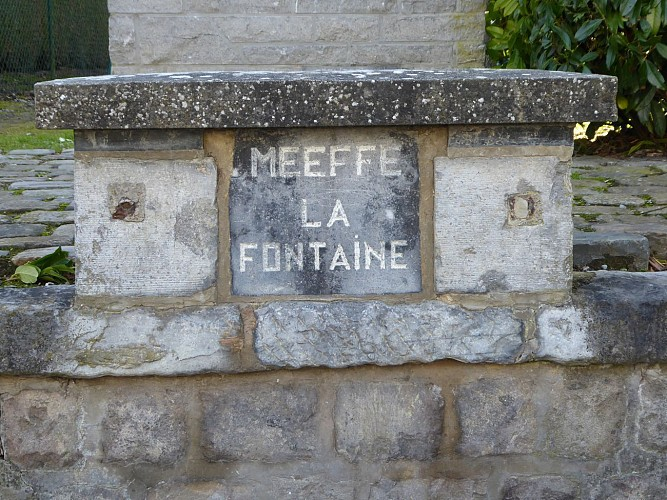 Fontaine de Meeffe - Chapelle Sainte-Claire