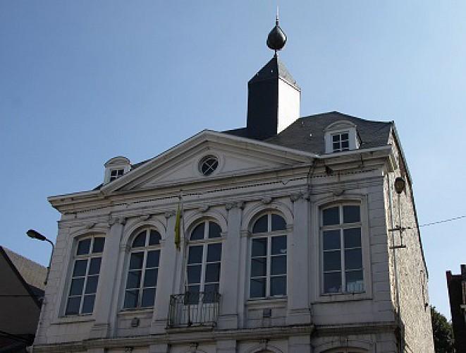 Place du Perron
