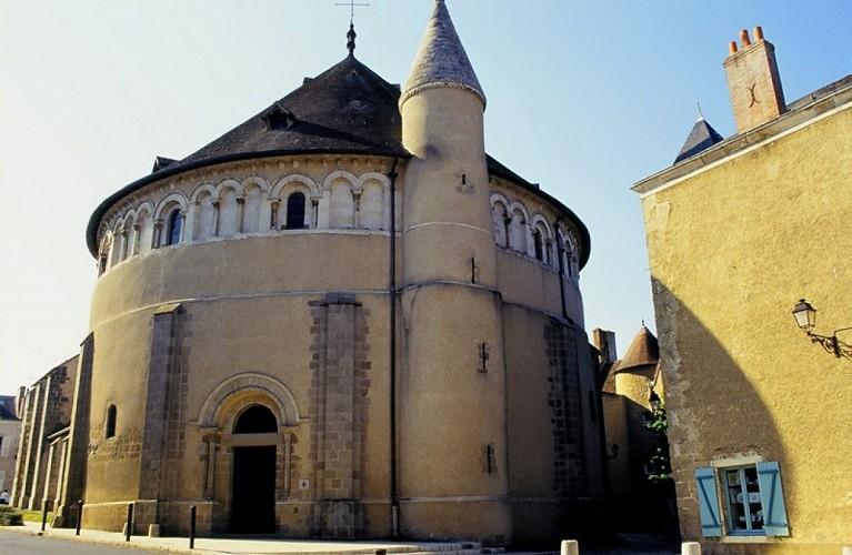 Basilique St Etienne de Neuvy St Sépulchre