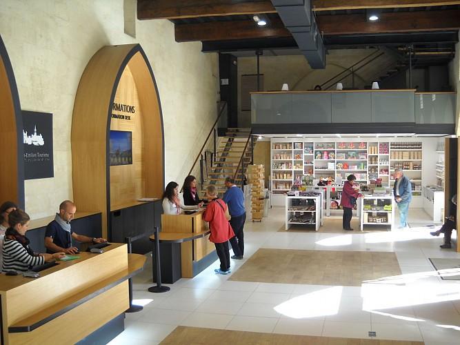 Espace accueil-boutique OTSE 11 - (c) Emmeline Azra