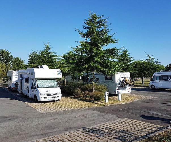 33-libourne-aire-etape-camping-car-park-aire