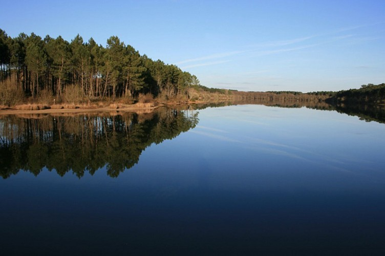 Lac de Peyrot à Maurrin 2