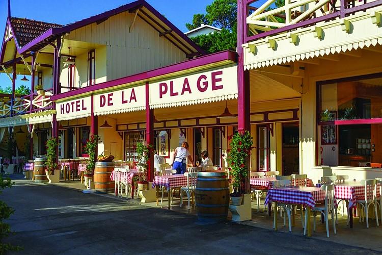 HOTEL-DE-LA-PLAGE---2---300-DPI----c--Hotel-de-la-Plage-2