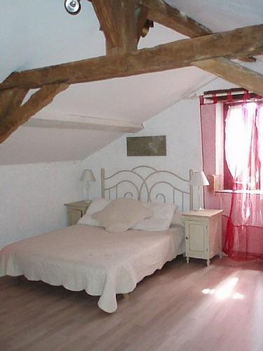 Gîte à Basile 47150 monségur - chambre étage [800x600]