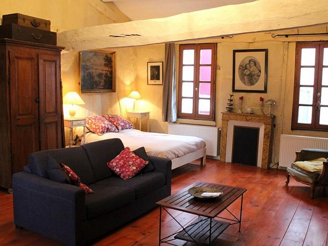 Ancien relais de poste - Appartement Henri - Salon chambre