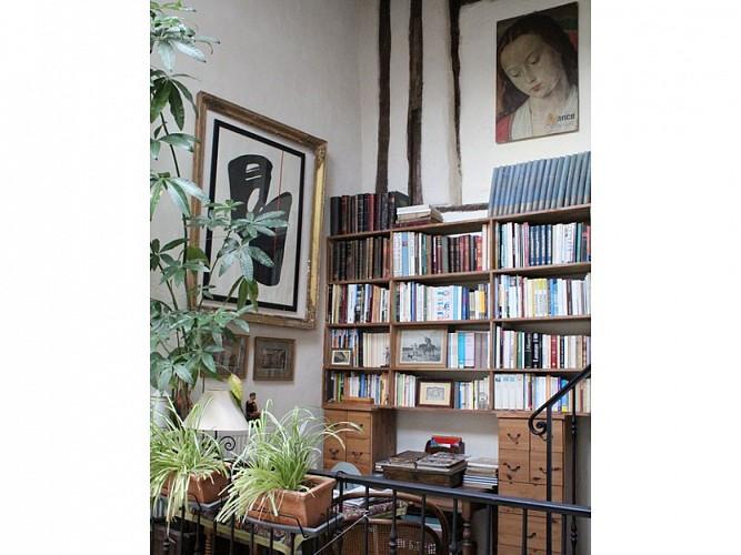 Ancien relais de poste - Appartement Margot - Cage d'escalier