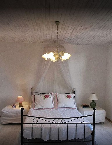 st-colomb-madeleine-chambre1