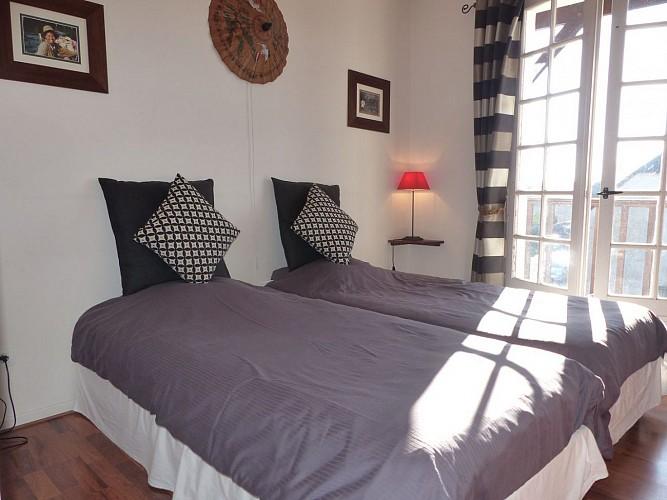 les-hortensias-chambre-hotes-petit-dejeuner