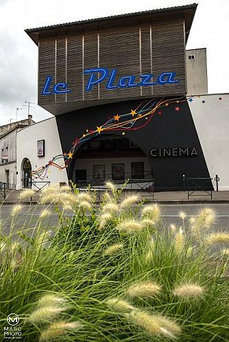 Le Plaza facade