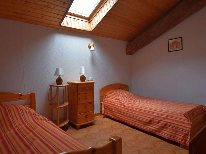 Rozen-  chambre 2 lits -Estérencuby