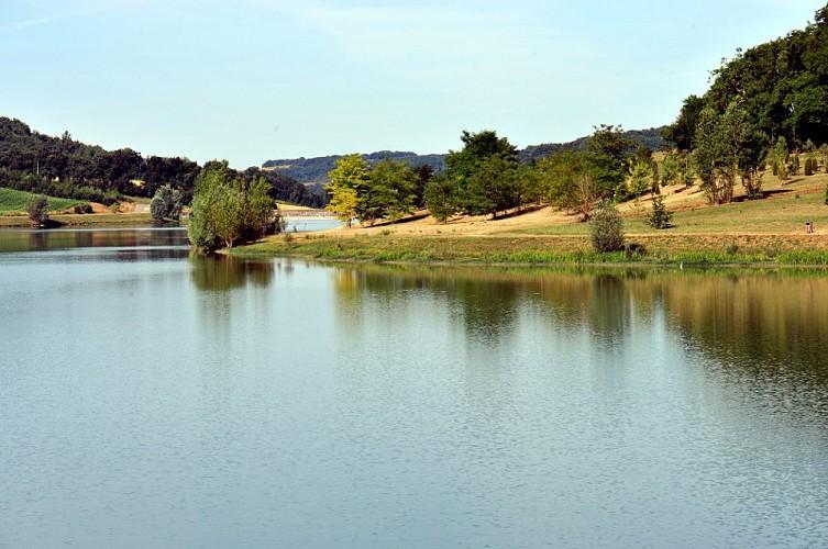 bajamont-vue-lac-peche-destination-agen-tourisme-4