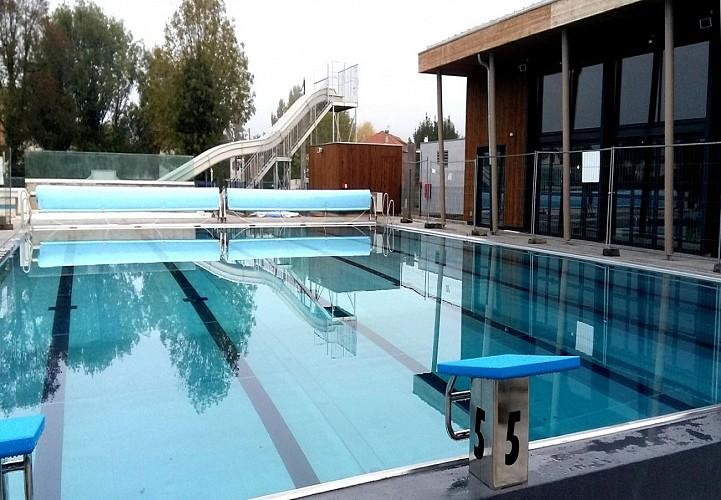 Centre aqualudique piscine Saint Jean Pied de Port - bassin extérieur