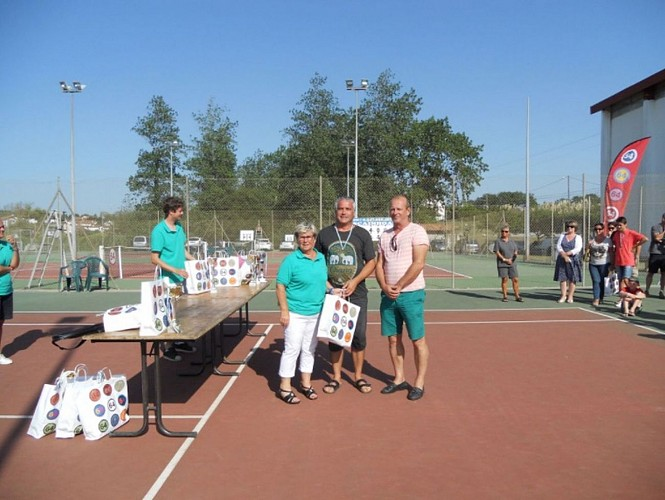 Tennis Club (3)