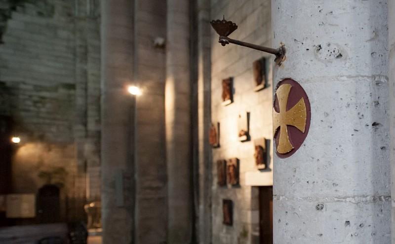 Croix de consécration abbatiale Brantôme