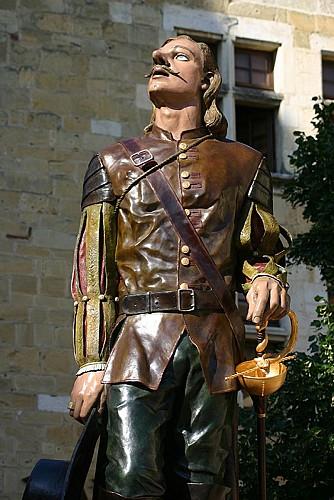 Cyrano-Mauro-Corda-3----Marc-Delbos----Mairie-de-Bergerac-