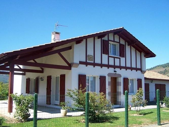 Maison Azcona - St Etienne de Baigorry