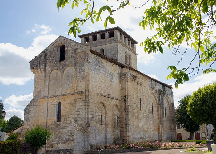 Eglise Saint-Pierre-ès-Liens (Vieux-Mareuil)_1