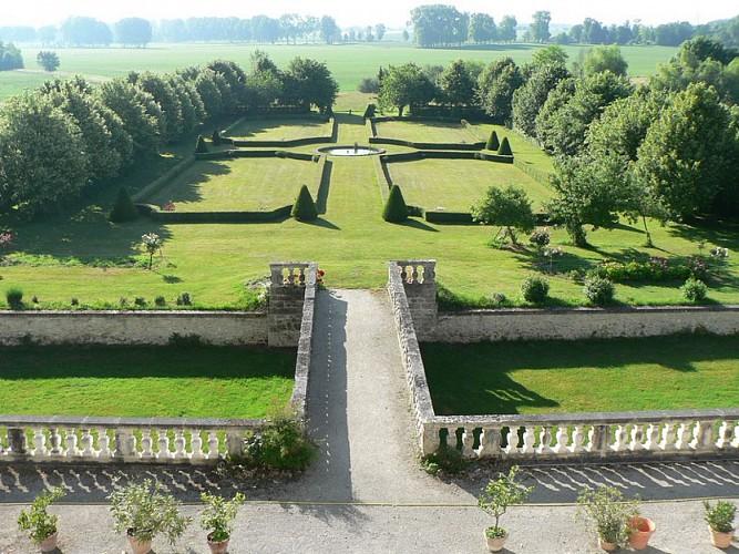 Château de Clauzuroux - Champagne Fontaines - Jardinpg